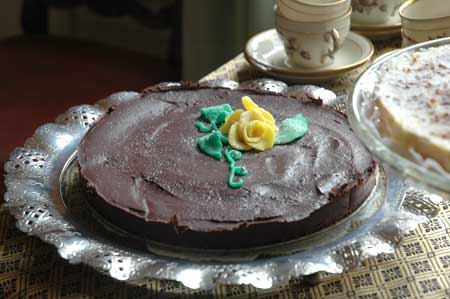 chokladtårta_med-marsipanro